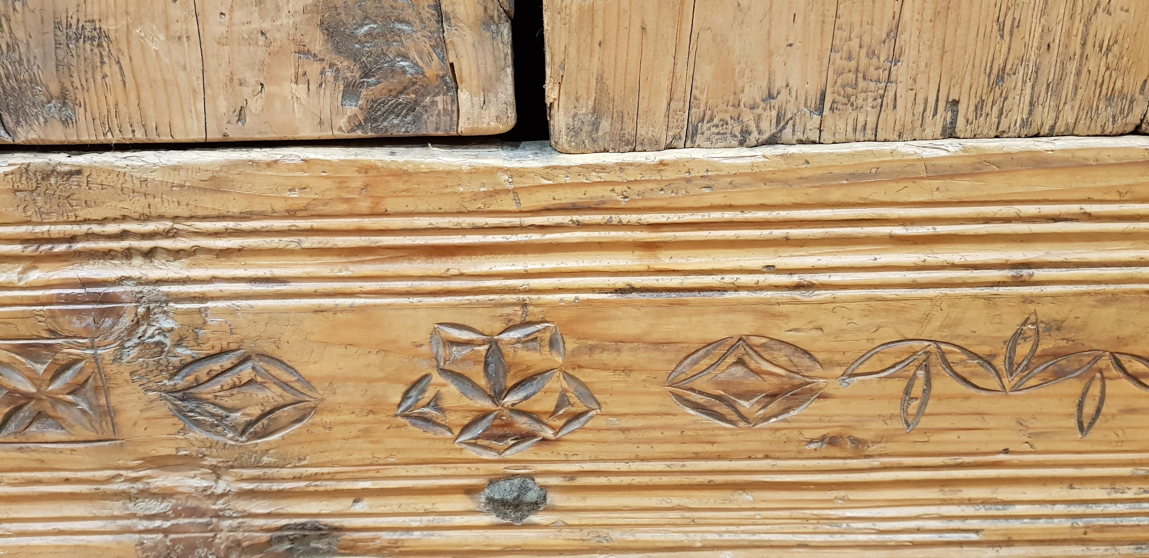 vente mobilier de montagne sapin pres d 39 albertville a st ferreol coffre armoire table meuble. Black Bedroom Furniture Sets. Home Design Ideas